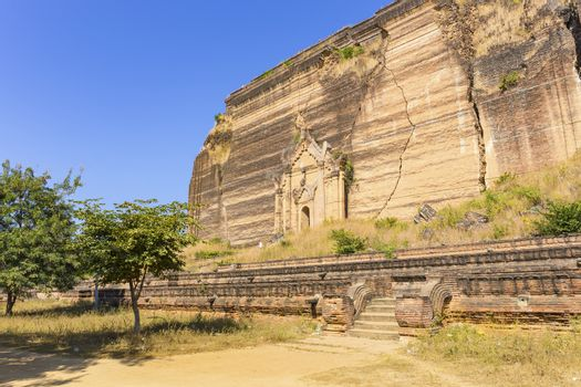 Mingun Pahtodawgyi Temple in Mandalay