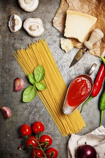 Tomato sauce with spaghetti and ingredient
