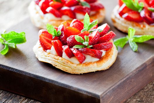 Puff Pastry Pies With Strawberries