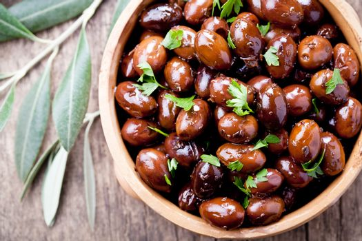 Black Olives With Herbs
