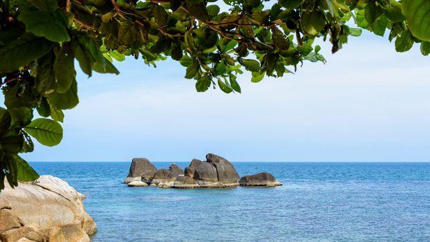 Beautiful natural landscape of the rock and the blue sea at coastline near the Hin Ta Hin Yai scenic view is a symbol famous tourist destinations of Koh Samui island, Surat Thani province, Thailand