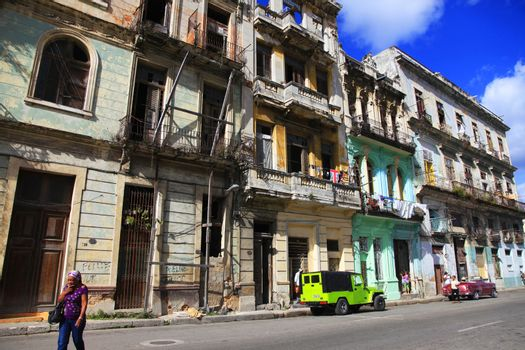 Vintage cars on the streets of colorful Havana