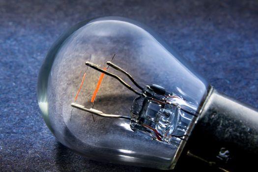 Glowing Duel Filament Automotive Incandescent Light Bulb