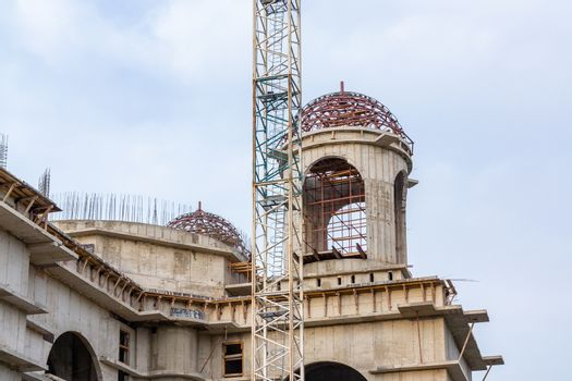 Construction of a large Orthodox church