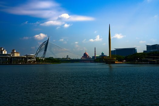 Putrajaya lake with Seri Wawasan Bridge millenium monument and Putra Mosque