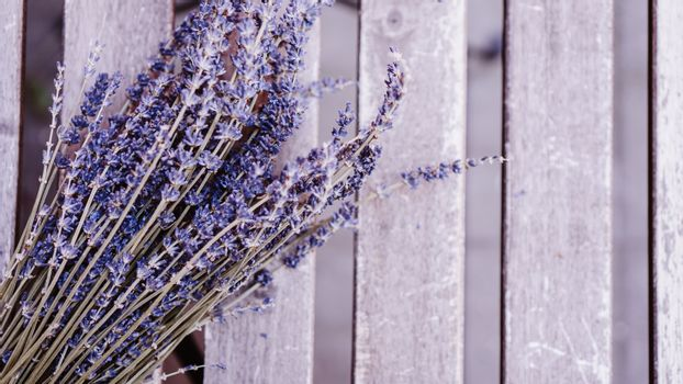 Dried lavender bunches on wooden table
