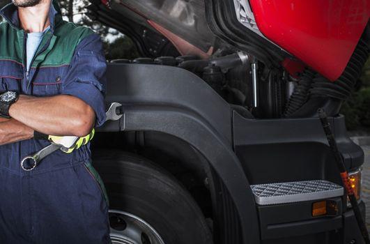 Semi Truck Mechanic Job
