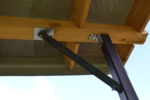 Production and installation of metal jib mounts