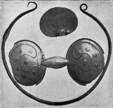 Bronze necklace, fibula shaped glasses and fragment of an object of its kind with raccomod locations, vintage engraved illustration. From the Universe and Humanity, 1910.