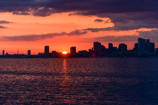 Cityscape in a colorful sunset un Torornto, Canada