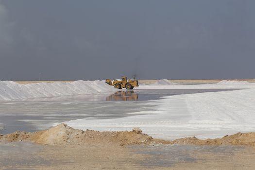 : caribbean salt lake mining work Bonaire island Netherlandes Antilles