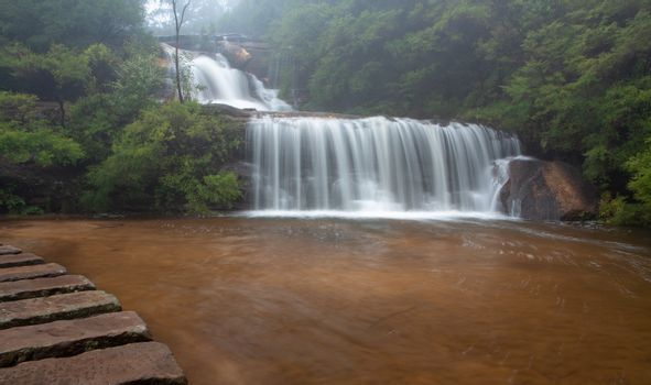 Waterfall in BLue Mountains with stepping stones