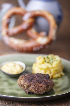 bavarian fleischpflanzerl, minced meat balls