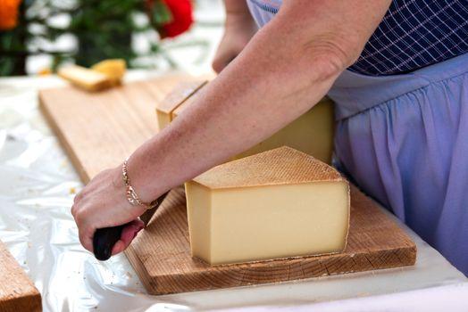 retail of swiss gruyere cheese in switzerland