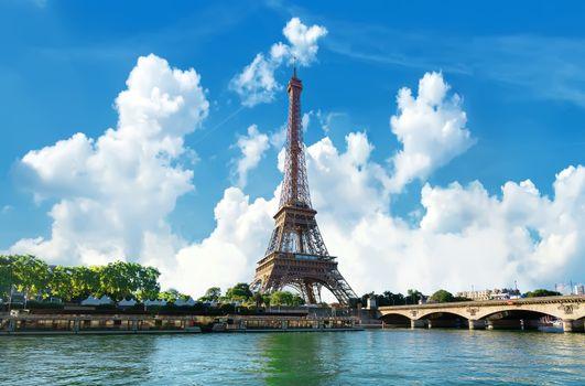 Eiffel Tower in day