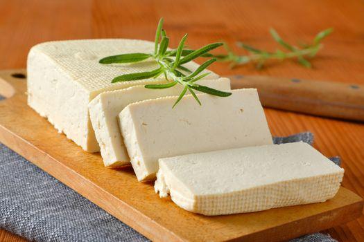 Fresh firm bean curd (tofu)