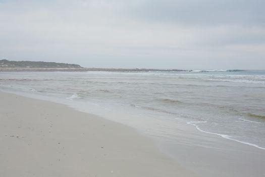 Peaceful ocean against sky