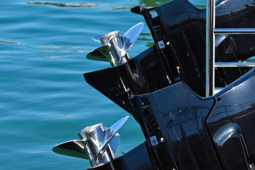 Powerboat Outboard Engines And Propellers