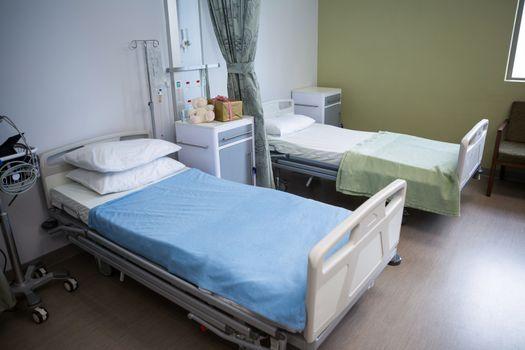 Empty beds in ward