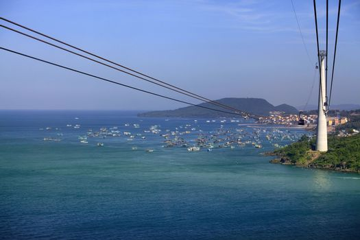 The longest non-stop three-wire cable car in the world is 8 km long, which is confirmed by the Guinness Book of Records. Vietnam, Phu Quoc