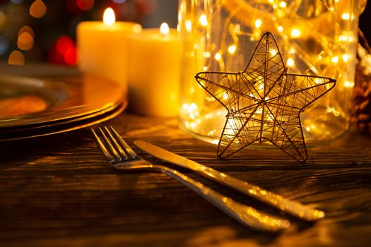 Cutlery and a star
