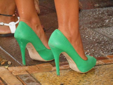 The green shoes