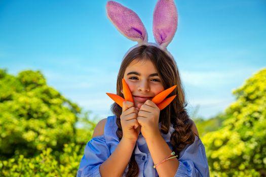 Cute happy Easter bunny