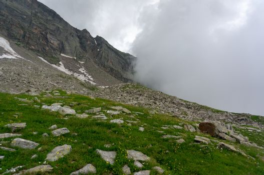 Mountain trekking for health and sport in Europe