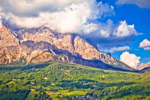 Alpine peaks and landscape of Cortina d' Ampezzo in Dolomites Al