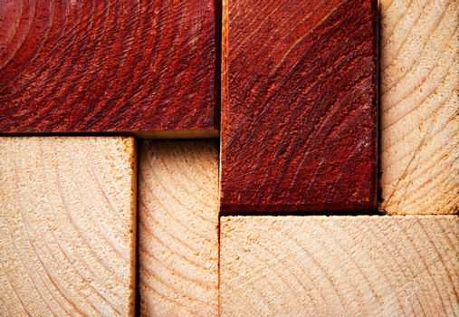 sawn timber from two-color wood