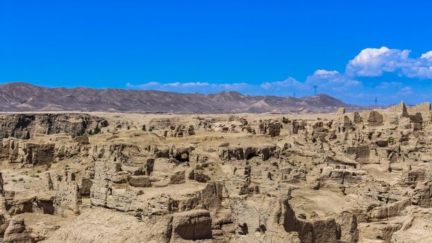 Jiaohe is a ruined city in the Yarnaz Valley, 10 km west of the city of Turpan in Xinjiang was once the capital of the Jushi Kingdom