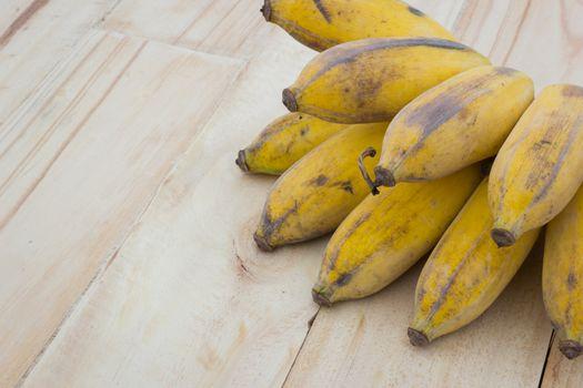 Pisang Awak banana, Kluai Nam Wa, Cultivate banana on wooden bac