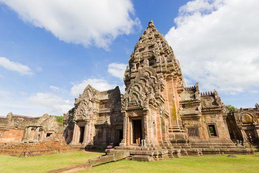 Prasat Hin Phanom Rung or Phanom Rung Stone Castle is a Khmer te
