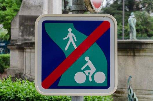 A French prohibition sign which appears to ban pedestrians and cyclists