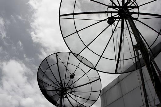Satellite receive communication
