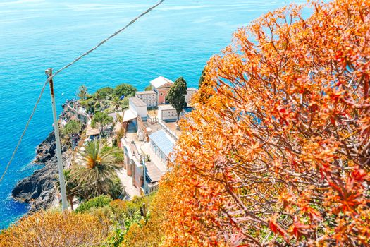 Azure trail is the most simple, the most famous and most visited trail in all the Cinque Terre
