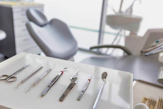 Dental clinic and dental instruments