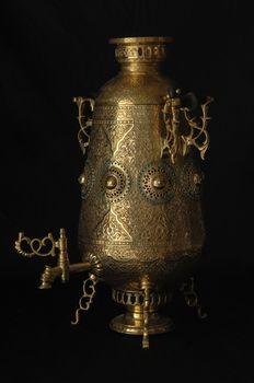 samovar with engraved
