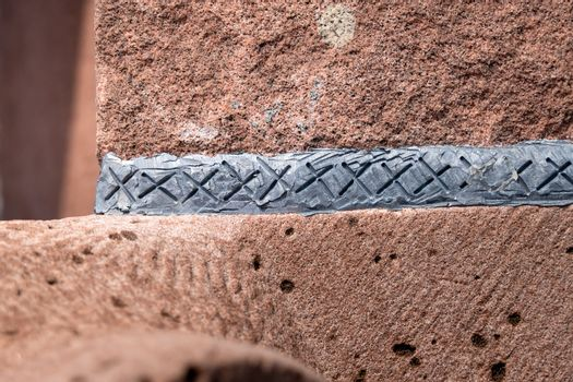 fugue of lead in red sandstone