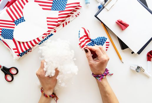 USA Independence Day DIY craft. DIY 4th of July step by step needle holder craft. Step 8 - stuffing the cushion with holofiber filling