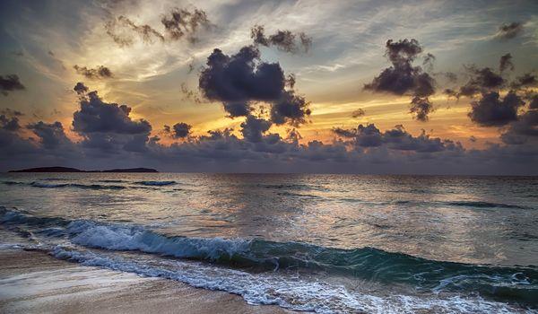 beach and blue sky with summer sun burst
