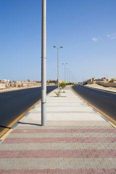 Dual carriageway road