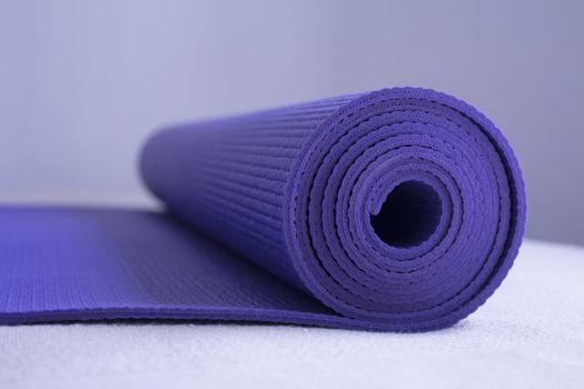Yoga, Exercise Mat, Exercising, Exercise Equipment, Relaxation Exercise. Fotografía de Gema Ibarra. Prohibida su utilización para cualquier uso sin autorización.Todos los derechos reservados.