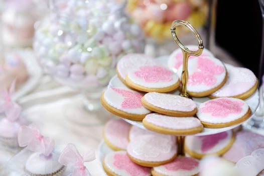 Cookies decorated with flowers and butterflies