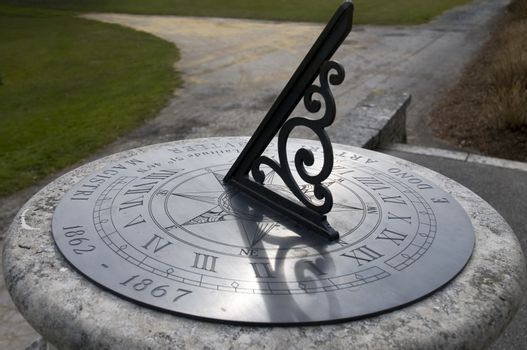 An old sundial showing the time