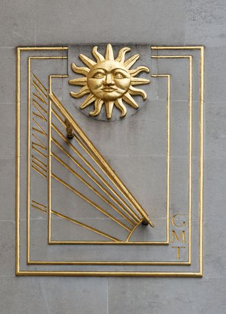 Sundial with Sun