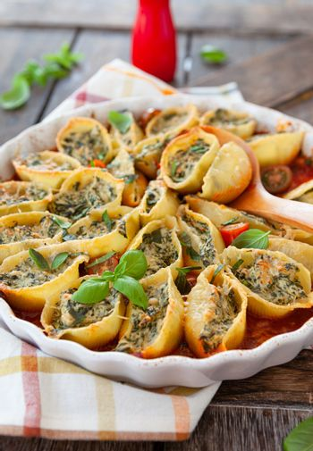 Filled shell pasta in tomato sauce