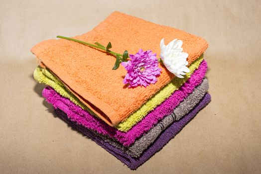 facecloths off various shades with flowers
