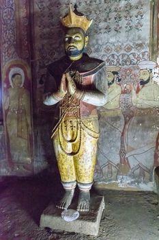 Statue of King Nissanka Malla, Maha Viharaya Alut,