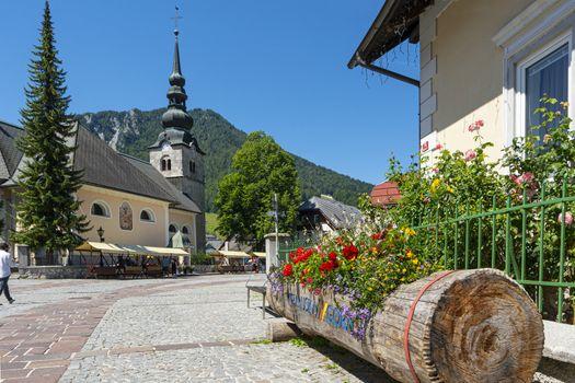 Župnijska cerkev Marijinega vnebovzetja church in Krajnska Gora